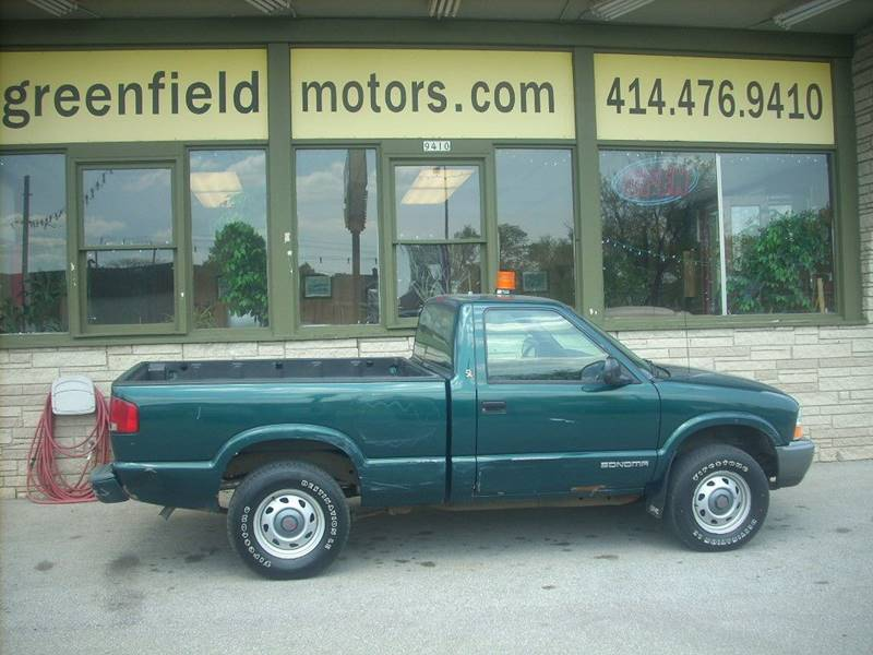 1998 GMC Sonoma for sale at GREENFIELD MOTORS in Milwaukee WI