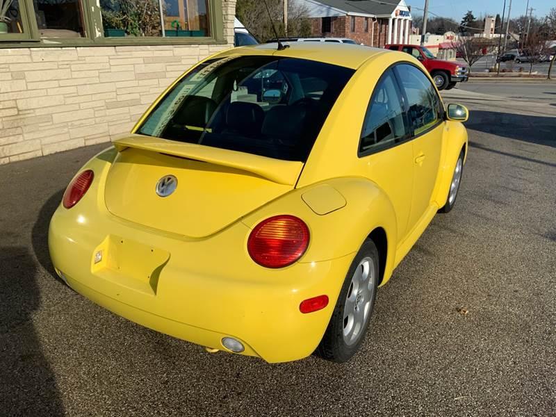 2002 Volkswagen New Beetle GLS (image 5)