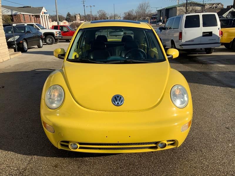 2002 Volkswagen New Beetle GLS (image 7)