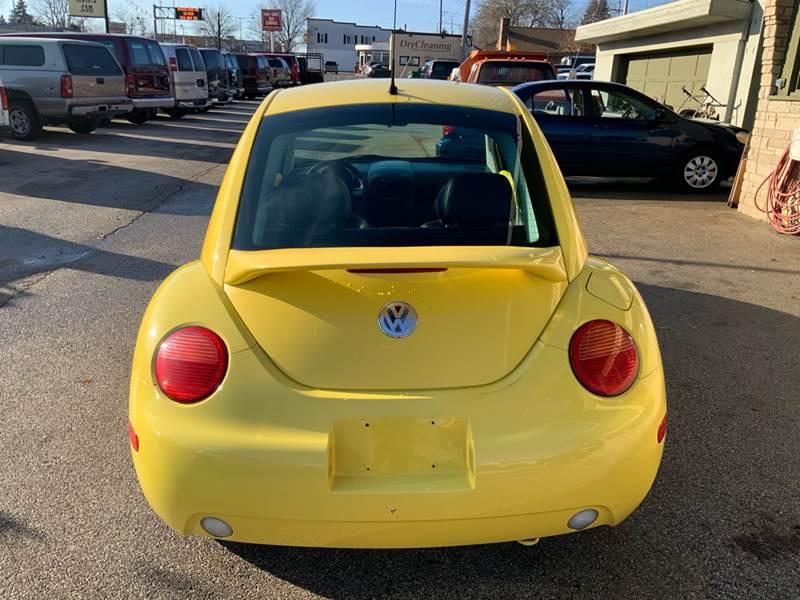 2002 Volkswagen New Beetle GLS (image 10)