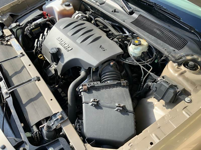 2005 Buick LeSabre Custom (image 28)