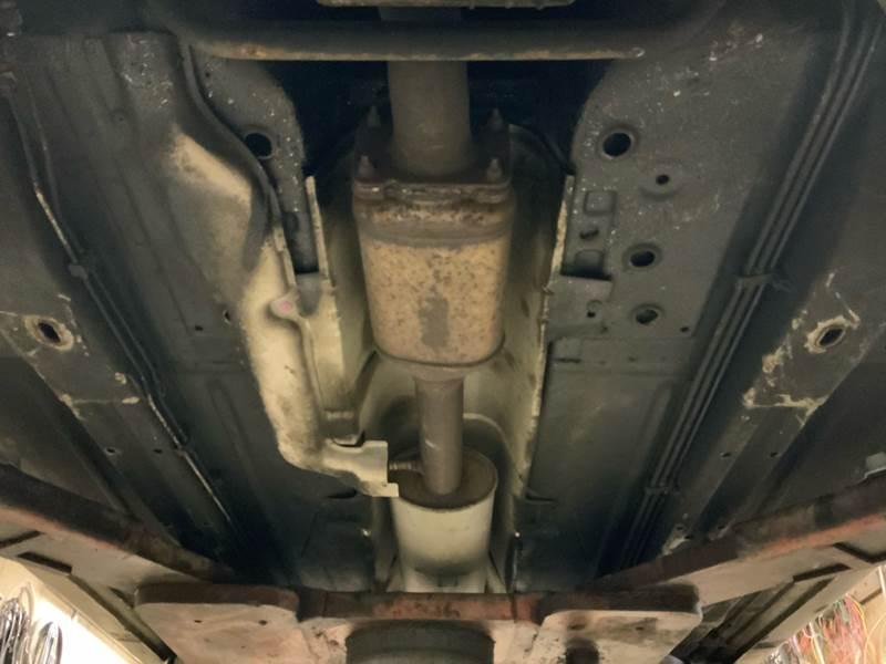 2005 Buick LeSabre Custom (image 36)