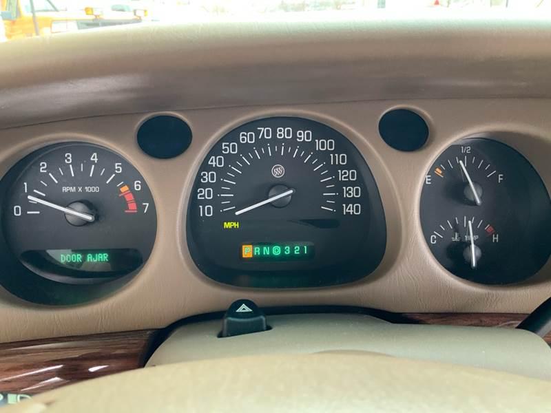 2005 Buick LeSabre Custom (image 14)