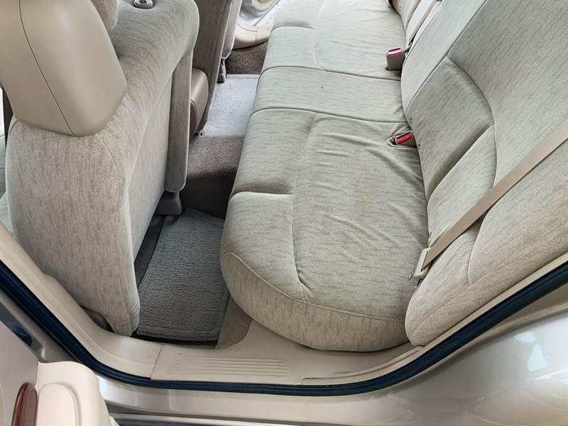 2005 Buick LeSabre Custom (image 19)
