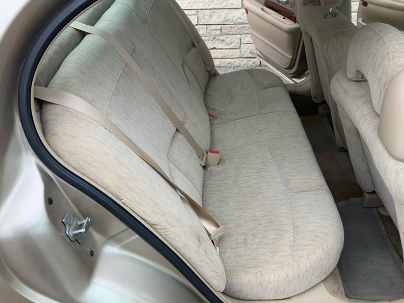2005 Buick LeSabre Custom (image 23)