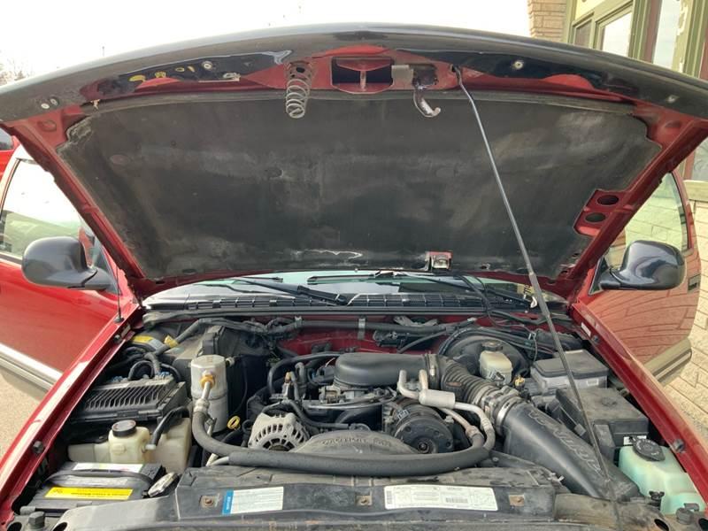 1998 Chevrolet Blazer LS (image 29)