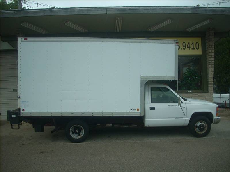 2000 Chevrolet C/K 3500 Series for sale at GREENFIELD MOTORS in Milwaukee WI
