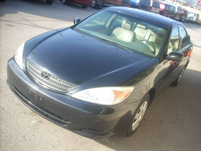2002 Toyota Camry for sale at GREENFIELD MOTORS in Milwaukee WI