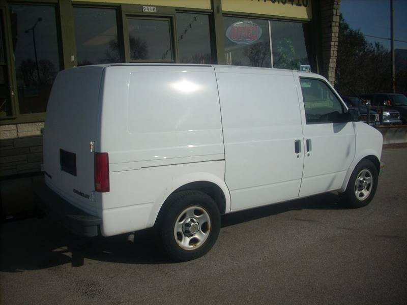 2005 Chevrolet Astro Cargo for sale at GREENFIELD MOTORS in Milwaukee WI