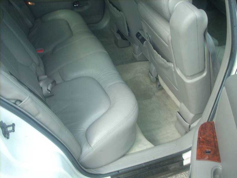 1997 Buick Park Avenue for sale at GREENFIELD MOTORS in Milwaukee WI