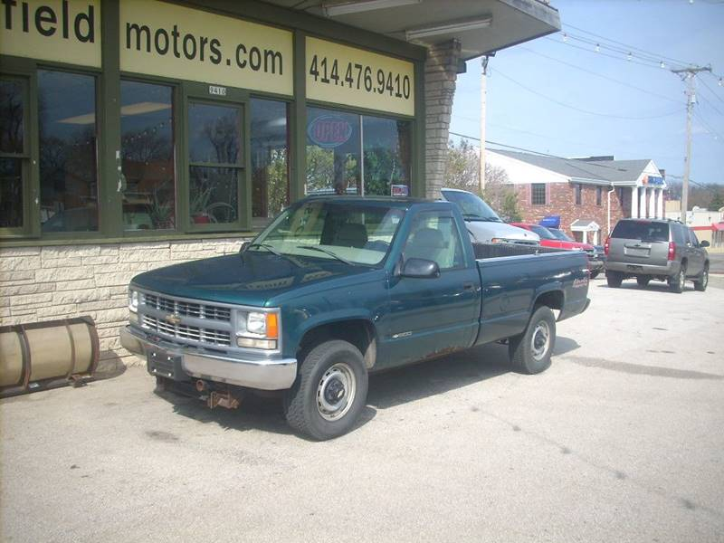 1998 Chevrolet C/K 1500 Series for sale at GREENFIELD MOTORS in Milwaukee WI