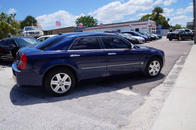 2005 Chrysler 300 AWD C 4dr Sedan - Clearwater FL
