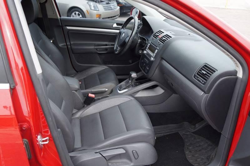 2009 Volkswagen Jetta SE 4dr Sedan 6A - Clearwater FL