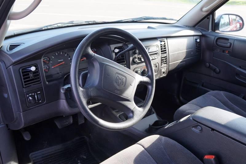 2002 Dodge Dakota 2dr Standard Cab SXT 2WD SB - Clearwater FL