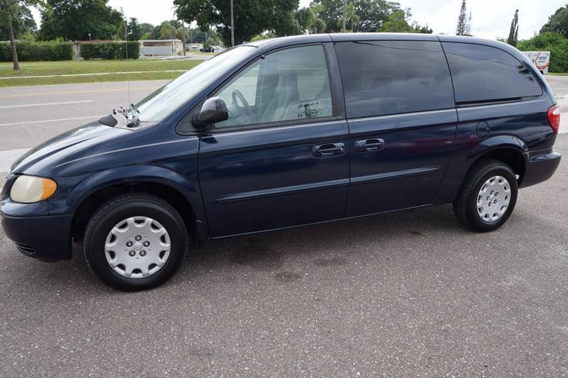 2003 Chrysler Town and Country