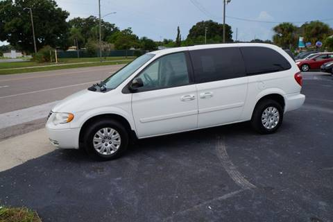 2007 Chrysler Town and Country for sale in Clearwater, FL