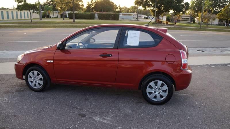 2009 Hyundai Accent Base 2dr Hatchback - Clearwater FL