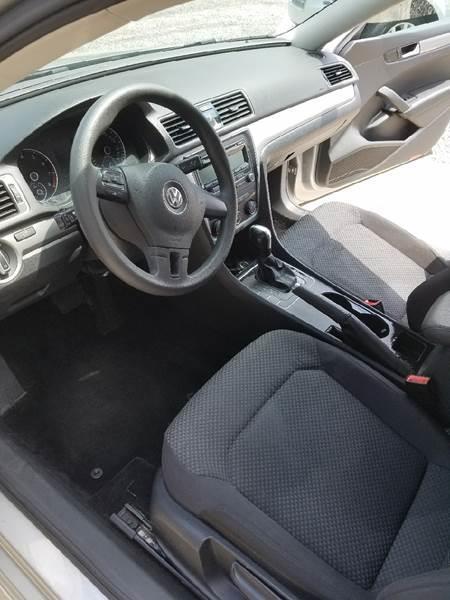 2013 Volkswagen Passat S 4dr Sedan 5M - Summerville SC