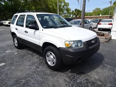 2006 Ford Escape XLS for sale at DONNY MILLS AUTO SALES in Largo FL