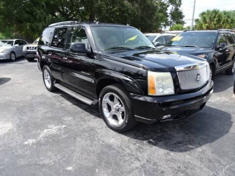 2004 Cadillac Escalade for sale at DONNY MILLS AUTO SALES in Largo FL