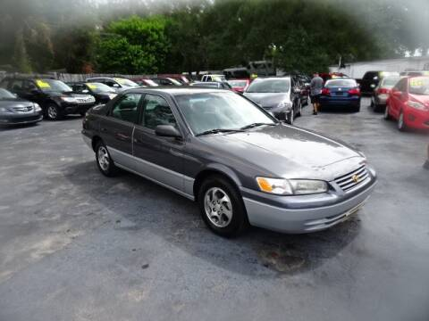 1997 Toyota Camry for sale at DONNY MILLS AUTO SALES in Largo FL