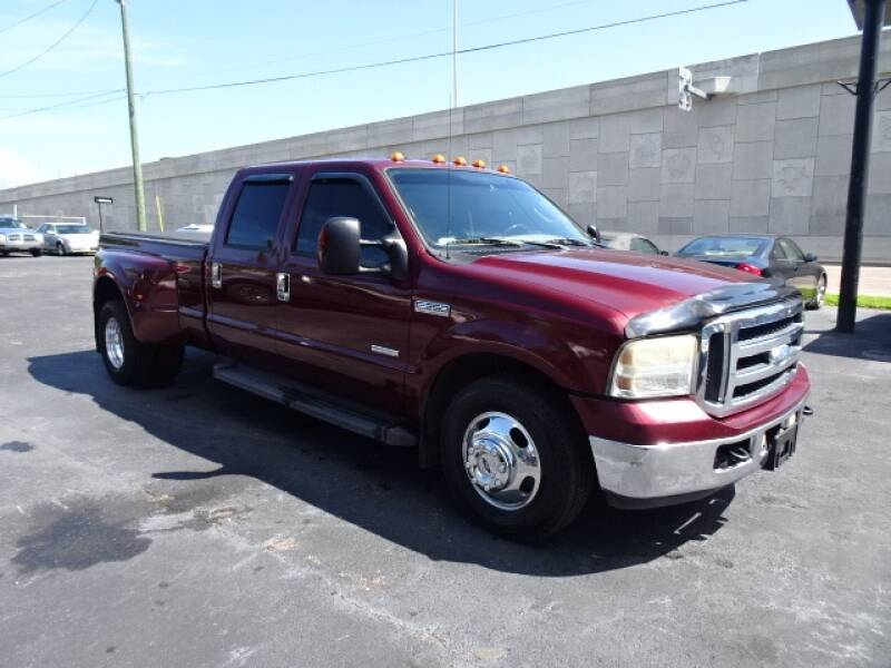 2006 Ford F-350 Super Duty for sale at DONNY MILLS AUTO SALES in Largo FL