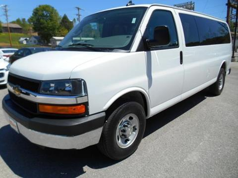 2016 Chevrolet Express Passenger for sale in Campton, KY