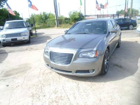 2012 Chrysler 300 for sale in Houston, TX