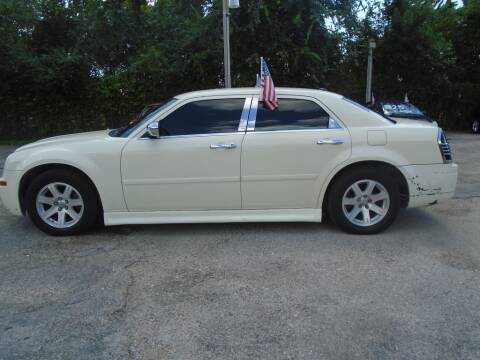 2005 Chrysler 300 for sale in Houston, TX