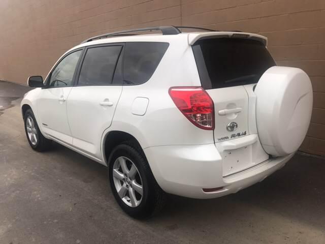 Toyota RAV Limited In Eastlake OH MB LLC - 2006 rav4