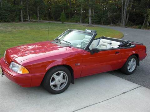 1993 Ford Mustang for sale at Classic Auto Sales in Maiden NC