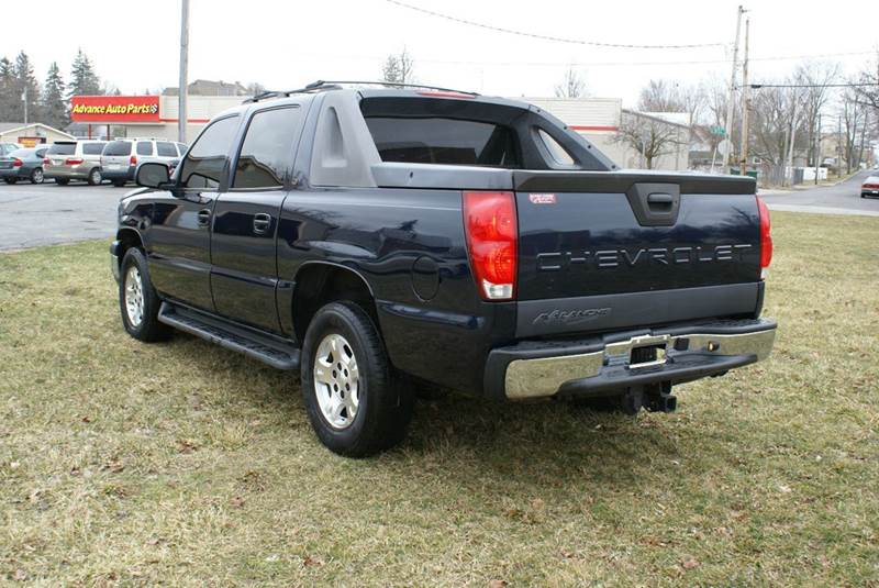 2006 Chevrolet Avalanche LT 1500 4dr Crew Cab 4WD SB - Angola IN