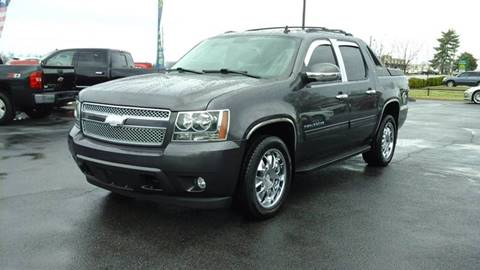 2011 Chevrolet Avalanche for sale in Lowell, AR