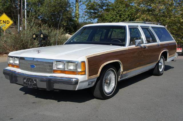 1990 ford ltd crown victoria lx country squire in. Black Bedroom Furniture Sets. Home Design Ideas