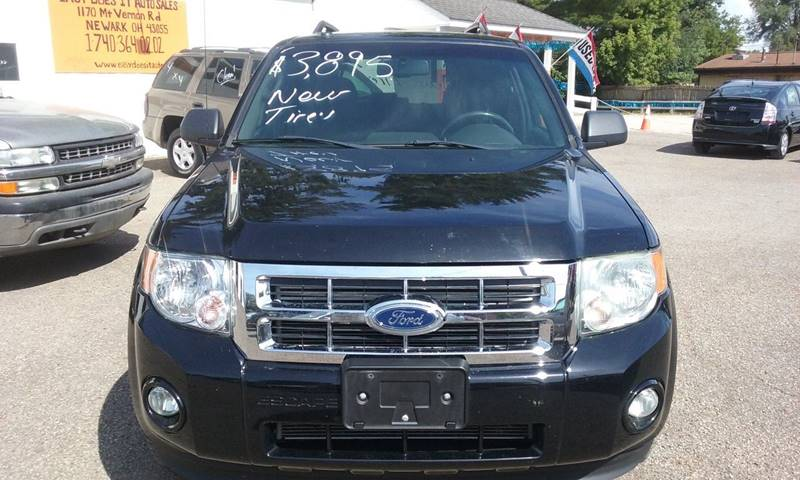 2010 Ford Escape AWD XLT 4dr SUV - Newark OH