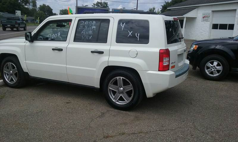 2008 Jeep Patriot 4x4 Sport 4dr SUV w/CJ1 Side Airbag Package - Newark OH