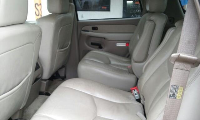 2003 GMC Yukon SLE 4WD 4dr SUV - Newark OH
