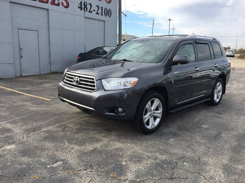 2010 Toyota Highlander for sale at Fine Auto Sales in Cudahy WI