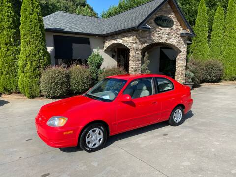 2005 Hyundai Accent for sale at Hoyle Auto Sales in Taylorsville NC