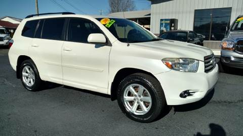 2009 Toyota Highlander for sale at Moores Auto Sales in Greeneville TN