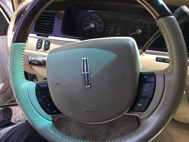 2006 Lincoln Town Car Signature Limited 4dr Sedan - Durham NC