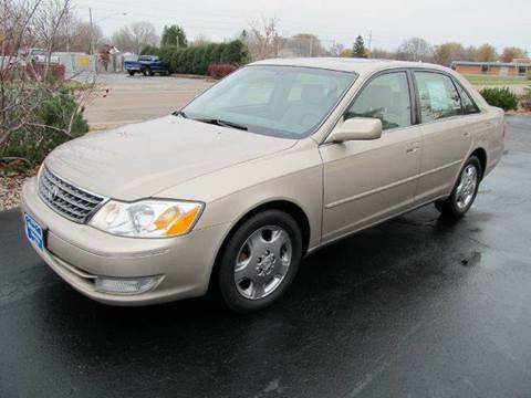 2003 Toyota Avalon for sale at MAIN STREET AUTO SALES in Neenah WI