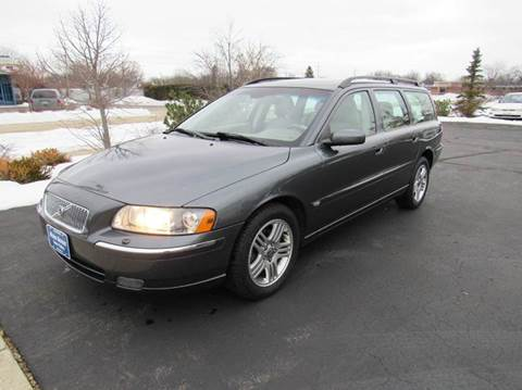 2006 Volvo V70 for sale at MAIN STREET AUTO SALES in Neenah WI