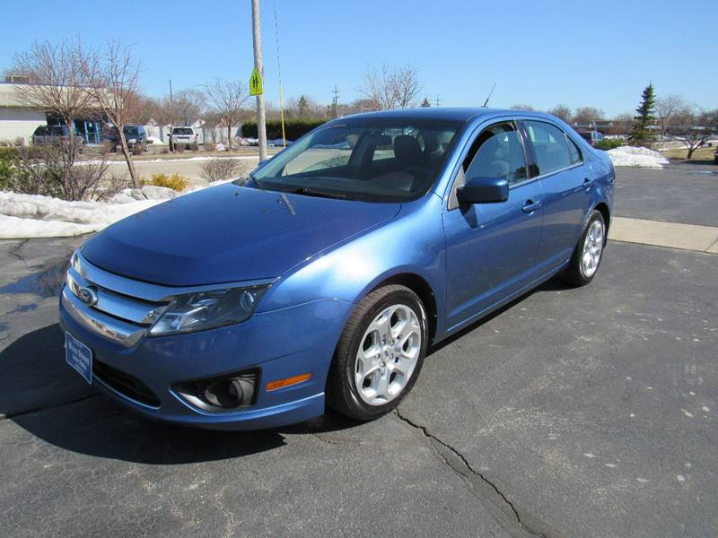 2010 Ford Fusion for sale at MAIN STREET AUTO SALES in Neenah WI