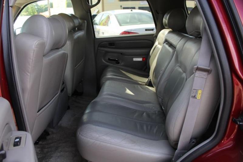 2002 GMC Yukon AWD Denali 4dr SUV - Edmonds WA