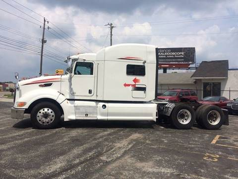 2013 Peterbilt 386 for sale in Indianapolis, IN