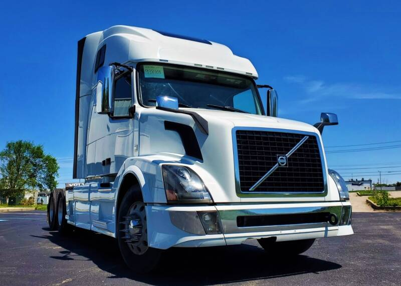 2016 Volvo VNL64T670 for sale at A F SALES & SERVICE in Indianapolis IN