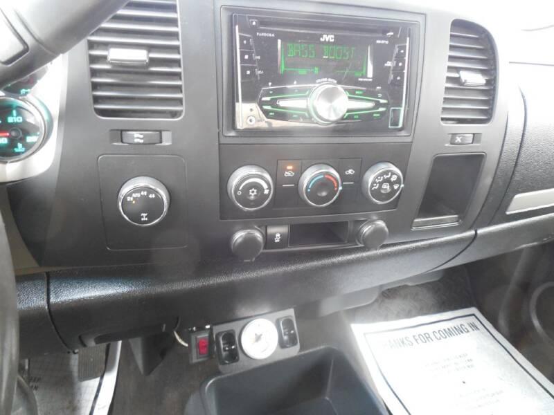 2013 Chevrolet Silverado 1500 LT (image 13)