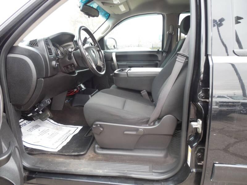 2013 Chevrolet Silverado 1500 LT (image 6)