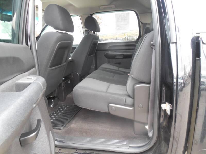2013 Chevrolet Silverado 1500 LT (image 7)
